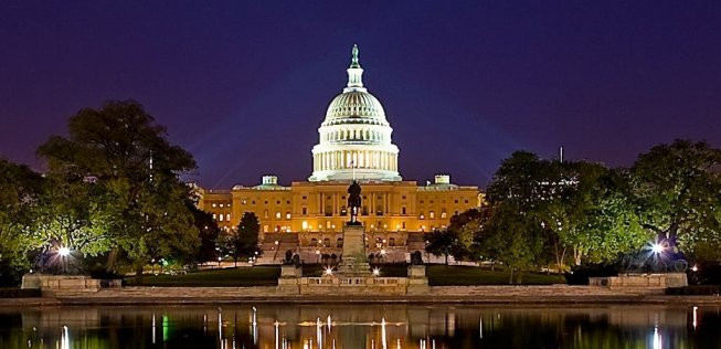 Picture of U.S. Capitol at Night