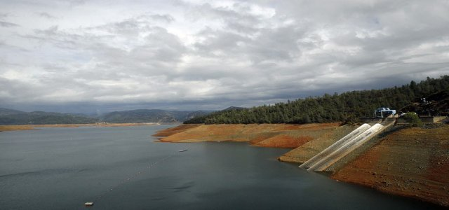 Picture of Lake Oroville Reservoir