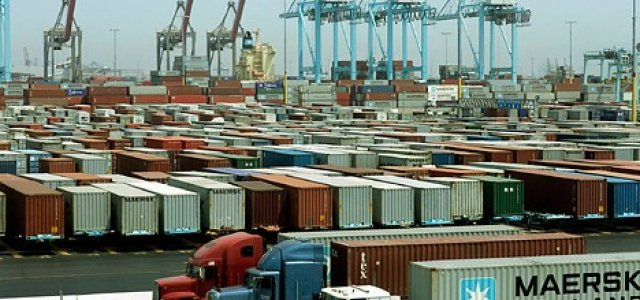 Containers stacking up in the Port of Los Angeles