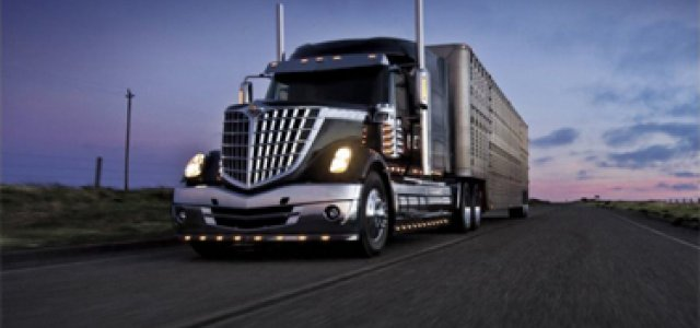 Government Funding Bill Revives Debate over Truck Driver Hours